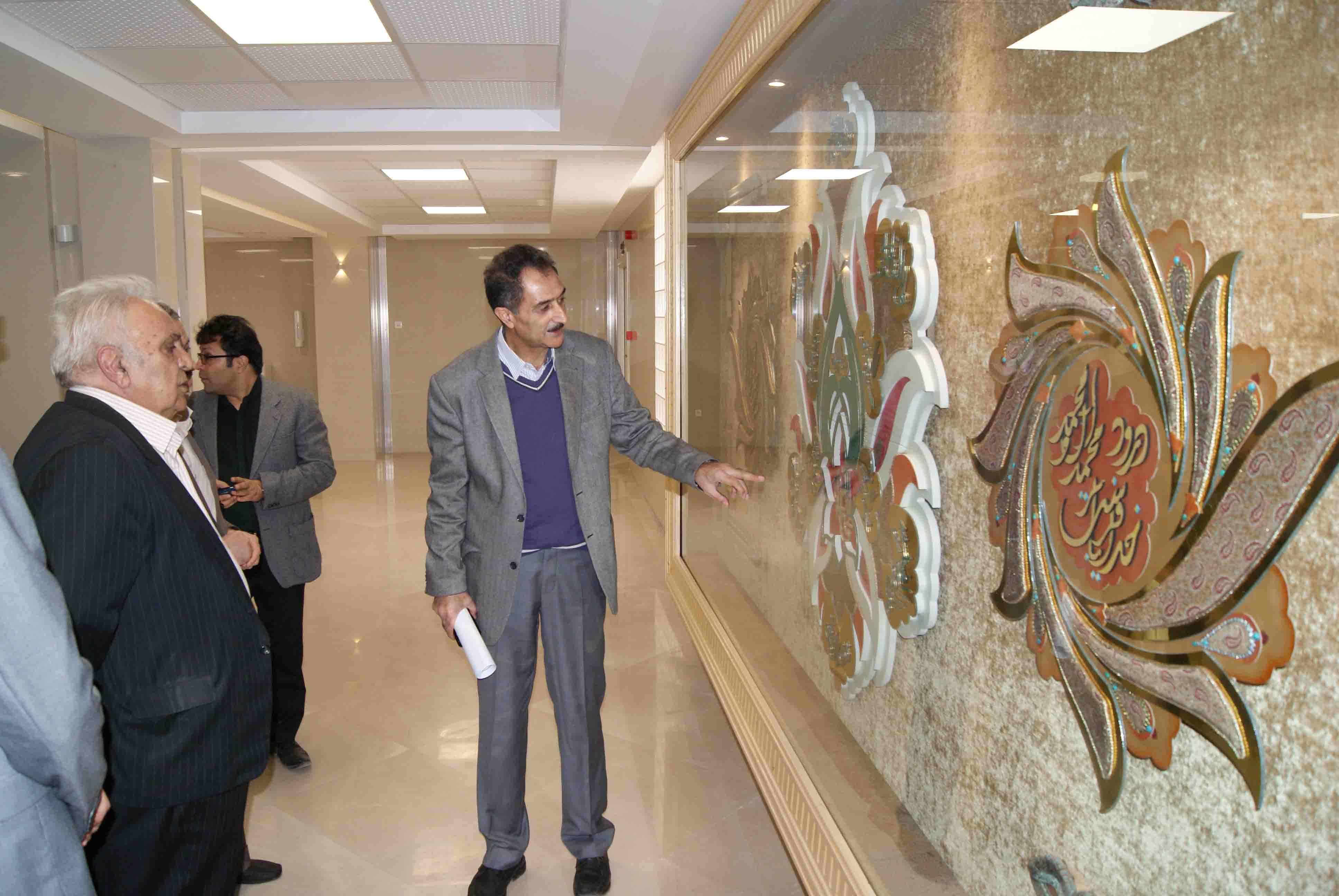 گزارش تصویری  بازدید مهندس محمدحسن خرازیان از بیمارستان ایران مهر