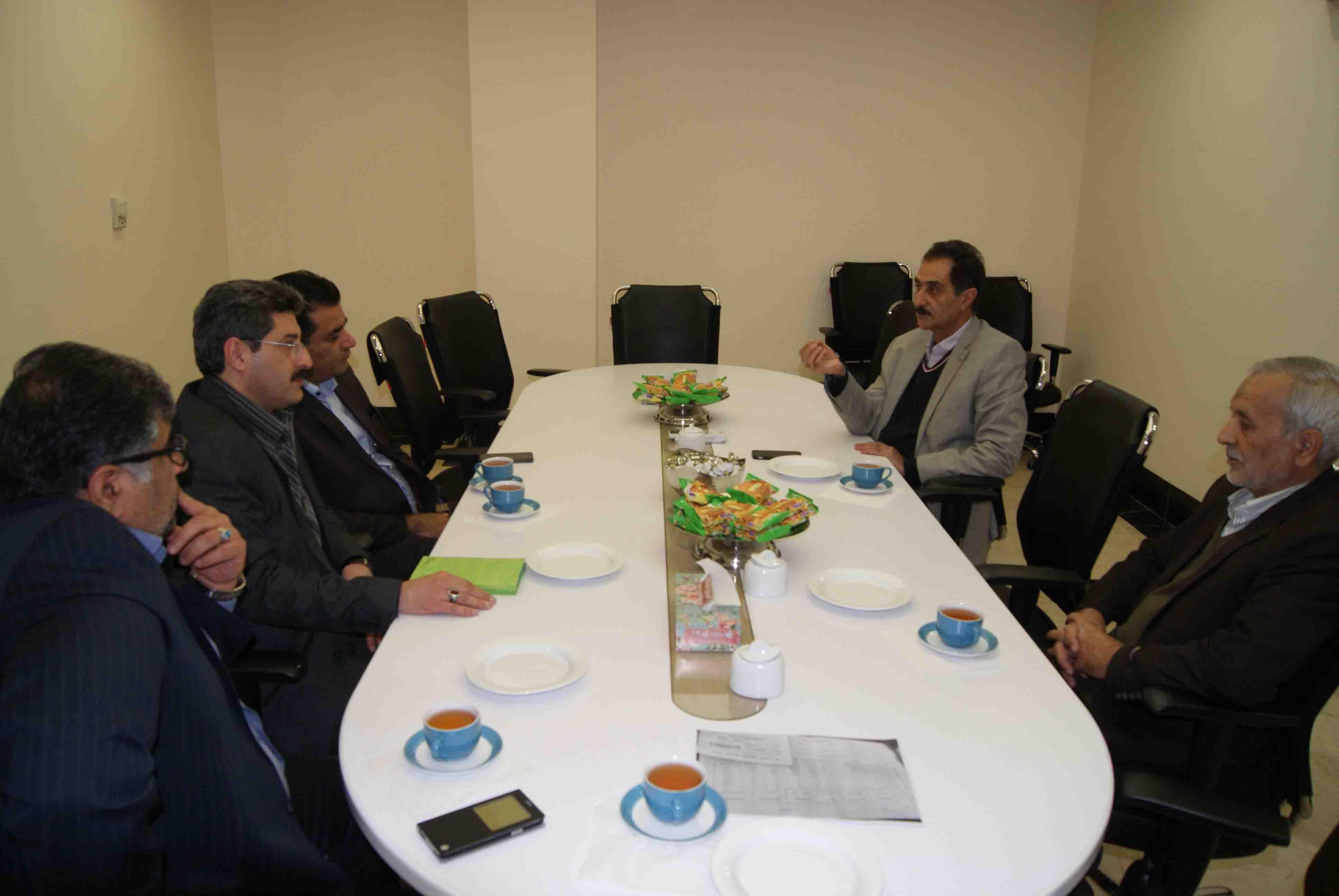 گزارش تصویری بازدید مدیریت شعب بانک کشاورزی استان از بیمارستان ایران مهر و پروژه مود