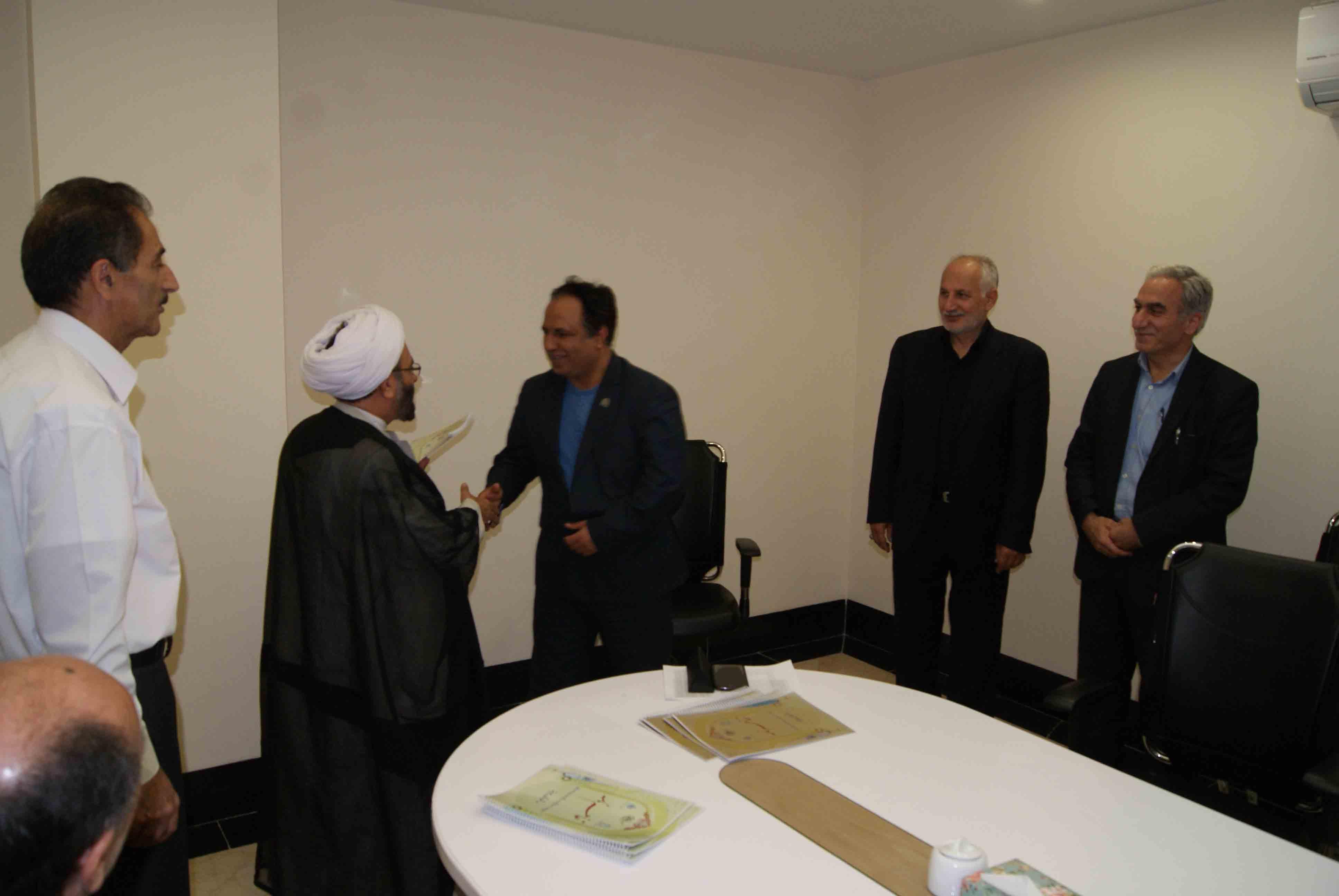 انعقاد تفاهم نامه احداث مرکز خدمات جامع سلامت شهری در شهرستان بیرجند