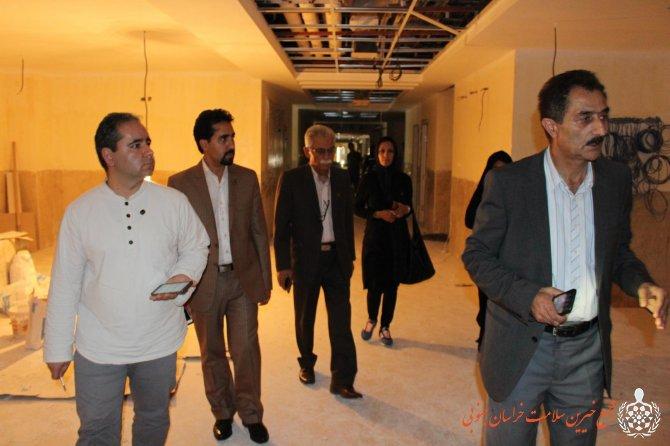 بازدید نمایندگان موسسه خیریه بهنام دهش پور از مرکز رادیوتراپی و شیمی درمانی خراسان جنوبی
